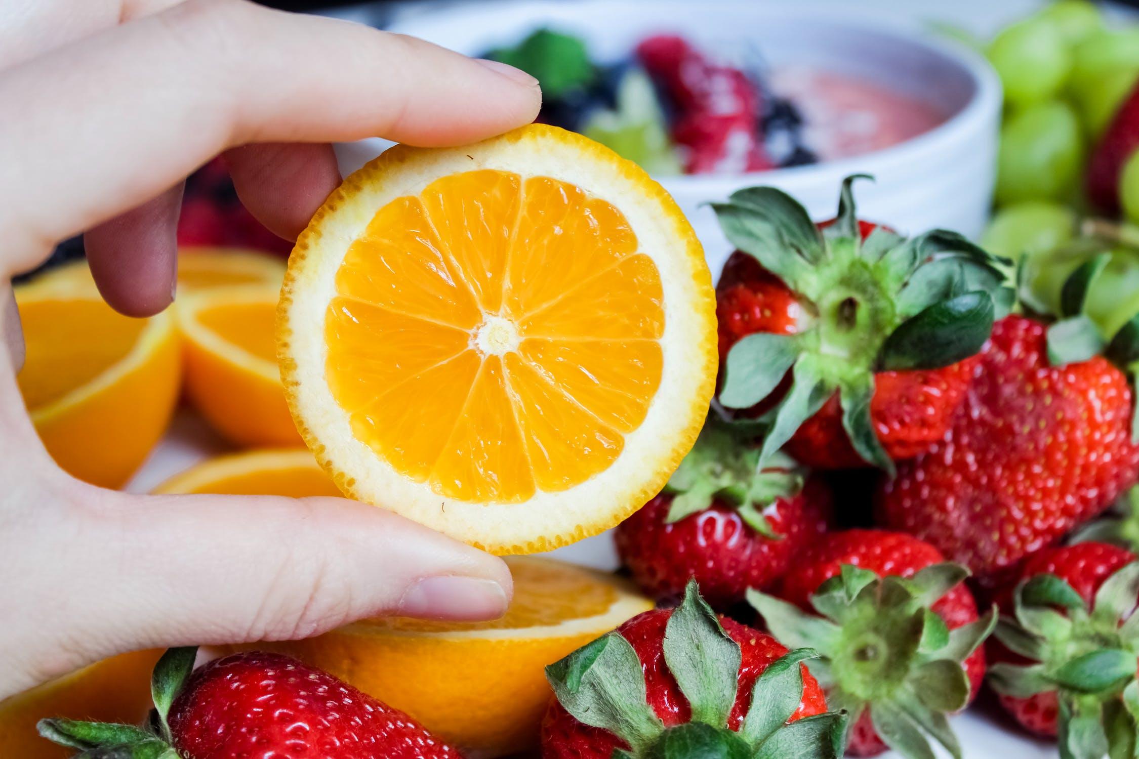Pflanzliche Nahrungsergänzung Vitamine Früchte